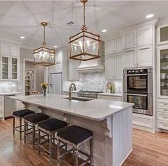 Sharing this favorite Ivy House kitchen for the white. One Wall Kitchen, New Kitchen, Kitchen Decor, Kitchen Styling, Custom Home Designs, Custom Homes, Outdoor Kitchen Countertops, Concrete Countertops, Ivy House