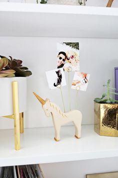 Wooden Animal Photo Holder DIY (click through for tutorial)