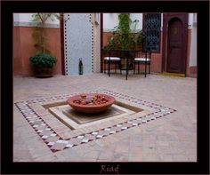 A riad means actually a garden surrounded by walls
