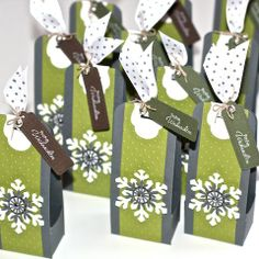 Not your traditional winter/snowflake colors on these treat bags !