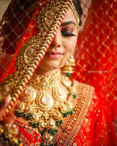 Best Wedding Photographers from India - Dulhaniyaa Indian Wedding Couple Photography, Indian Wedding Bride, Indian Bride And Groom, Bride Photography, Indian Bridal Photos, Indian Bridal Outfits, Indian Bridal Makeup, Wedding Makeup, Bride Poses