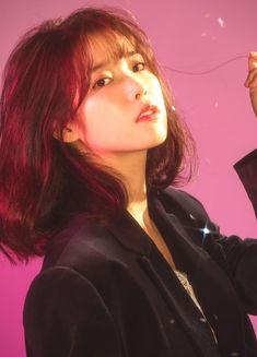 Hey Sweetie Visit our Website www.xyz and enjoy with our Quizzes ! Korean Girl, Asian Girl, Fandom Kpop, Shot Hair Styles, Korean Celebrities, Ulzzang Girl, K Idols, Girl Crushes, Kpop Girls