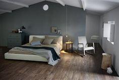 Sfeervolle houtlook tegels in de slaapkamer, (ook wel keramisch parket)