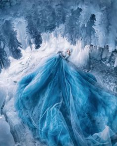 stunningly beautiful photos of Baikal By Kristina Makeeva - Gillde Photo Grid, Fantasy Gowns, Fairytale Dress, Fantasy Photography, Ocean Photography, Photography Tips, Romantic Outfit, Quinceanera Dresses, Beautiful Gowns