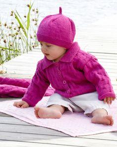 Knittingroom.se - Babykofta, basker och filt