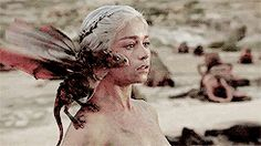 The epic omg moment when Dany's dragons were born