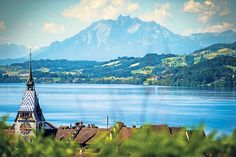 Ein Tag in Zug - Coopzeitung - Die grösste Wochenzeitung der Schweiz Lausanne, Wanderlust, Mountains, Country, Awesome, Places, Nature, Travel, Geneva