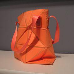 Vintage Issey Miyake Geometric Pleats Please Bag par lookhudson