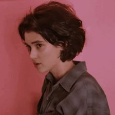 Winona Ryder, Pretty People, Beautiful People, Winona Forever, Character Aesthetic, Johnny Depp, Hair Inspo, Girl Crushes, Role Models