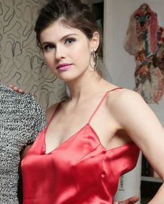 789 Likes, 6 Comments - Alexandra Daddario Daily ( on In. Beautiful Celebrities, Beautiful Actresses, Most Beautiful Women, Alexandra Anna Daddario, Alexandra Daddario Baywatch, Fashion Moda, Woman Crush, Sensual, Hollywood Actresses