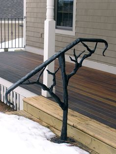 iron handrails for outdoor steps - Yahoo Image Search Results Iron Handrails, Wrought Iron Stair Railing, Metal Stairs, Metal Railings, Porch Handrails, Banisters, Stair Handrail, Balustrade Balcon, Balustrades