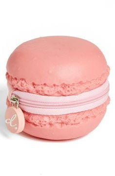 Macaron coin purse - too cute!