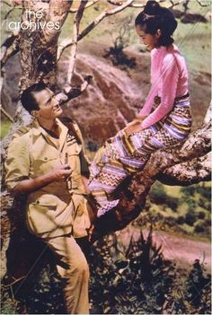 Gregory Peck & the Burmese actress Win Min Than in Gadaladeniya Temple at Pilimathalawa, Kandy - as the Canadian pilot Bill Forrester, serving in the Royal Air Force in Burma, in the movie - The Purple Plain.