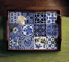 I have this Bombay Company tray at home and it's spectacular.