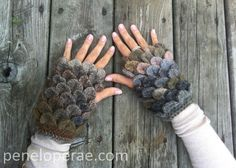 Penelope Rae: Crocodile-Stitch Fingerless Gloves-Free Pattern!  available as a pdf, if you have a Dropbox account, otherwise copy and paste. Best viewed with the Chrome browser.