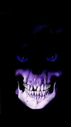 Skull in the dark. Grim Reaper Art, Don't Fear The Reaper, Arte Horror, Horror Art, Skull Tattoos, Body Art Tattoos, Dark Fantasy Art, Dark Art, Sugar Skull Tattoos