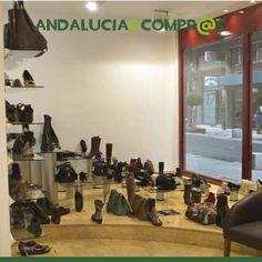 ¡Atentos a las #rebajas de Andalucía de Compras!  Los mejores comercios andaluces os ofrecen las mejores ofertas.   A partir de la semana que viene, podrás encontrar hasta un 40% de descuento en #calzado y artículos seleccionados de Ana Gil.  https://www.andaluciadecompras.es/portal/web/ana-gil