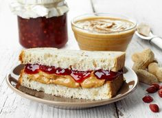 5 best junk food to scoff after hitting the gym. Yes, chocolate milk and a peanut butter and jelly sandwich are in the list.