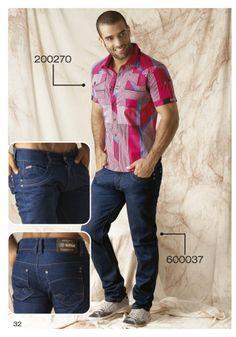 Camisa-manga-corta-a-cuadros-color-fucsia-jeans-azul-oscuro