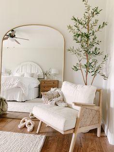 Room Ideas Bedroom, Home Decor Bedroom, Living Room Decor, Scandi Bedroom, Master Bedroom, White Bedroom Decor, Bedroom Neutral, My New Room, House Rooms