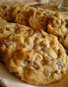 DRIED CRANBERRY AND PECAN CHOCOLATE CHIP COOKIES