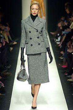 Céline Fall 2004 Ready-to-Wear Fashion Show - Raquel Zimmermann