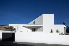Casa em Arrifana, by Pedro Henrique