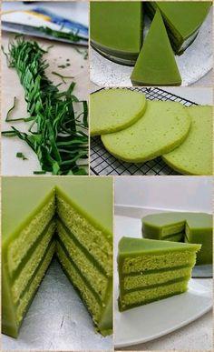 Singapore Home Cooks: Pandan Cake by Tay Engleng