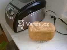 Recept na chléb z žitné mouky. Kitchen Appliances, Bread, Food, Diy Kitchen Appliances, Home Appliances, Brot, Essen, Baking, Meals