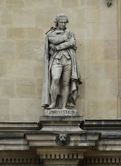 HD photographs showing Antoine Lavoisier statue sculpted by Jacques-Leonard Maillet on Rotonde de Beauvais at the Louvre in the Arrondissement of Paris. Statues, Conservation Of Mass, Antoine Laurent, Old Girl Names, Beauvais, Architectural Sculpture, French Sculptor, Louvre, Paris Images