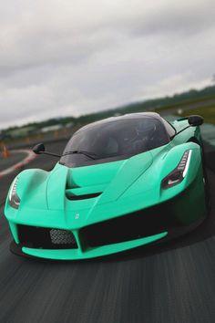 Ferrari - I just love the color Maserati, Bugatti, Lamborghini, Ferrari Laferrari, Audi, Porsche, Bmw, Rolls Royce, Aston Martin
