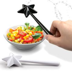 We need these! SO ADORABLE! Fairy Wand Salt and Pepper shakers. Cute :) Sprinkle a little magic on modern salads, etc., with these salt and pepper wands. Salt N Pepper, Salt Pepper Shakers, Pepper Spice, Shaker Kitchen, Fairy Dust, Magic Fairy, Kitchen Gadgets, Kitchen Inventions, Cool Inventions