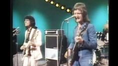 """Badfinger's 1972 Performance Of """"Baby Blue"""" Will Make You Smile… Then Cry"""