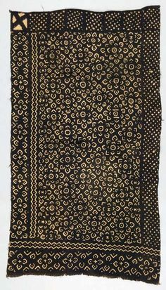 Africa | Wrapper ~ bokolanfini ~ from the Bamana people of the Mali | ca. 1950 - 1970. | Cotton.