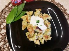 Medvehagymás dödölle 🌱 Cauliflower, Vegetables, Food, Cauliflowers, Vegetable Recipes, Eten, Veggie Food, Meals, Veggies