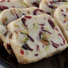 Recipes to Cook Cooks Joy - Cranberry Pistachio Shortbread Cookie Desserts, Just Desserts, Cookie Recipes, Delicious Desserts, Dessert Recipes, Shortbread Recipes, Cookie Tray, Christmas Cooking, Christmas Desserts