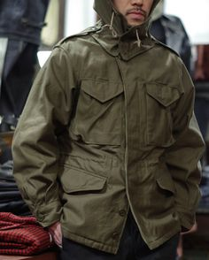 Real McCoy's M-43 Leather Jacket Outfits, Camo Outfits, Army Field Jacket, Field Jackets, Military Jacket, M65 Jacket, Fashion Wear, Mens Fashion, Tactical Clothing
