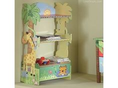 bookshelf baby bookshelf design ideas jungle baby nursery - Pinned for BabyBump, the #1 mobile pregnancy tracker with the built-in community for support and sharing. #nursery
