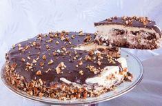 Η απόλυτη τούρτα για ειδικές περιστάσεις και όχι μόνο. Αφράτο, πεντανόστιμο παντεσπάνι με ξηρούς καρπούς, με κρέμα ζαχαρούχου γάλακτος, καλυμμένη με γκανάζ Greek Sweets, Greek Desserts, Cold Desserts, Party Desserts, Chocolate Sweets, Chocolate Recipes, Food Network Recipes, Food Processor Recipes, Sweet Recipes