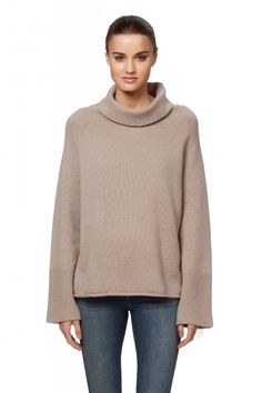 Women's Xristian Relaxed Turtleneck Cashmere Sweater | 360Cashmere | 360Cashmere