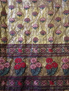 Shawl, silk and metal-wrapped thread brocade, Ahmedabad, 19th century (ca. 1850) - V&A 754-1852
