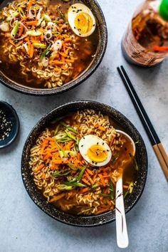 39 Cheap Dinner Ideas To Help You Stick To Your Budget— Quick & Easy Dinner Recipes Best Ramen Recipe, Ramen Recipes, Vegetarian Recipes, Healthy Recipes, Healthy Food, Healthy Options, Chicken Recipes, Cooking Recipes, Homemade Ramen