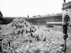 Huge heap of rubble on Piazza di San Marco (Venice, Italy). The remains of Campanile (bell-tower) di San Marco after its collapse on July 14 1902.