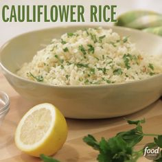 This recipe shows how simple it is to turn the florets into a healthy, low-carb meal or side dish! With the olive oil and browned onions, the cauliflower has enough flavor to satisfy by itself, and it can also be a base for stir fries, beans and rice or a Low Carb Recipes, Vegetarian Recipes, Cooking Recipes, Healthy Recipes, Healthy Diabetic Meals, Diabetic Recipes For Dinner, Alkaline Recipes, Lemon Recipes, Healthy Cooking