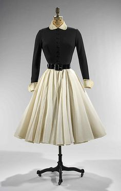 Dinner dress 1951 Designer: Norman Norell (American, Noblesville, Indiana 1900–1972 New York) Manufacturer: Traina-Norell (American, founded 1941)