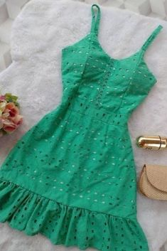 Cute Dresses, Beautiful Dresses, Casual Dresses, Fashion Dresses, Summer Dresses, Classy Outfits, Trendy Outfits, Trendy Fashion, Fashion Looks
