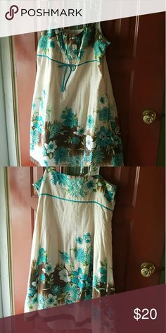 Beautiful plus size summer dress This dress is perfect for a summer day or an tropical cruise!! Only worn once, comes from a smoke free pet friendly home! Dress Barn Dresses