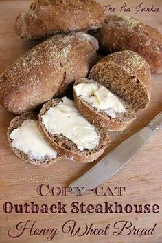 Copy-Cat Outback Steakhouse Honey Wheat Bread Find the Bread Recipes Here. I provide some of the Best Breads Recipes and Easiest Breads to Make. recipes bread recipes breads to make Bread And Pastries, Bread Machine Recipes, Artisan Bread Recipes, Snacks, Cookies Et Biscuits, Baking Recipes, Oven Recipes, Cream Recipes, Recipes Dinner
