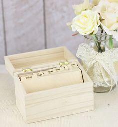 Bragging Bags Wood Recipe Box #giftguide #christmas