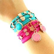 Ibiza style sieraden maken Handmade Bracelets, Jewelry Bracelets, Handmade Jewelry, Bangles, Ibiza Fashion, Bracelet Crafts, Jewelry Boards, Bead Crafts, Jewelery